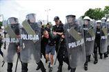 Семь российских болельщиков остаются под арестом в Польше
