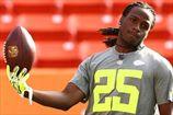 НФЛ. Атланта продлевает Уайта, очередные проблемы Блэкмона