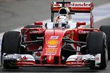 Формула-1. Феттель снова лидирует на тестах в Барселоне