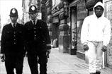 Хэй ратует за посвящение Али в британские Почетные Рыцари