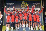 Тиррено-Адриатико-2016. Команда BMC Racing Team празднует победу на первом этапе