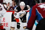 Дайджест НХЛ. Кейн набрал 100 очков за сезон, достижения Перри, Кольяно и Дюшейна