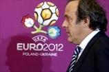 Подготовка Украины к Евро вызывает у Платини тревогу